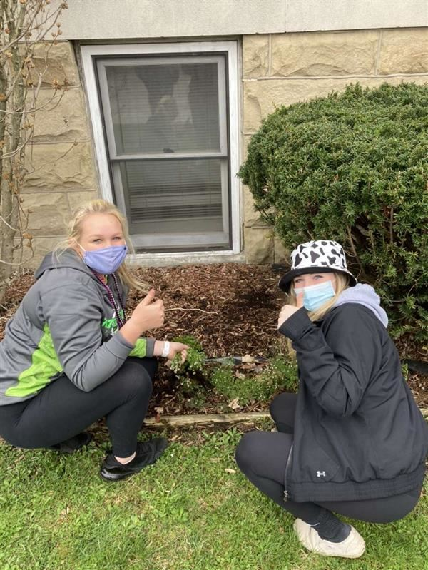 Students from MAHS spent April 14 doing community service work throughout the community.