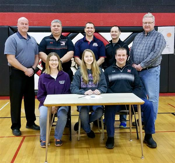 Kretchman signs with Chatham University