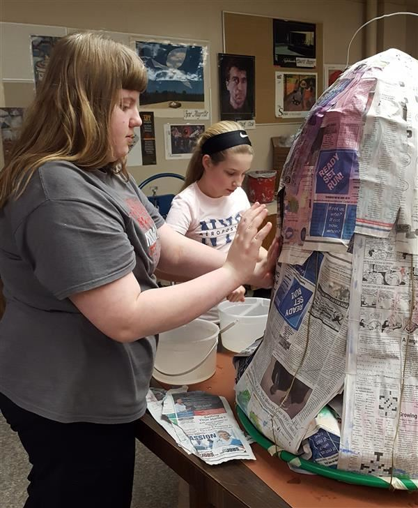 Students create tributes to suffragists