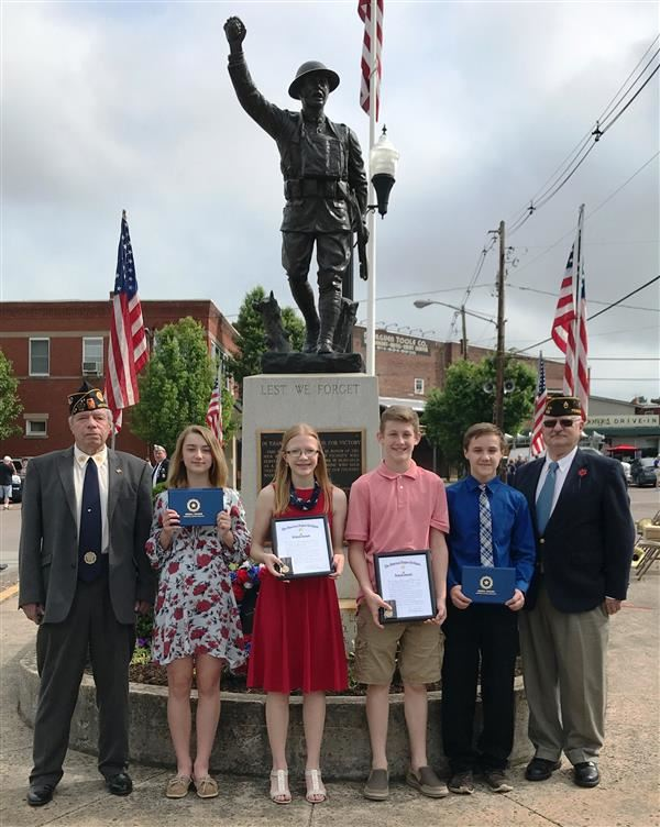 Students honored at Memorial Day Service